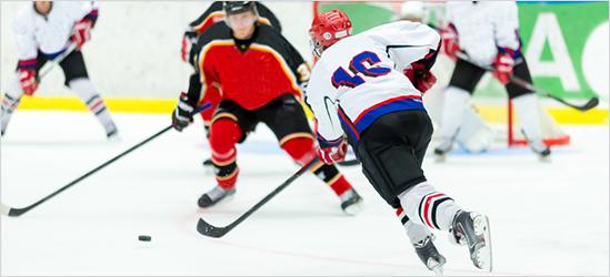 Jak vybrat hokejové chrániče - Jaká je základní ochrana hokejisty ... e0c4a4292c